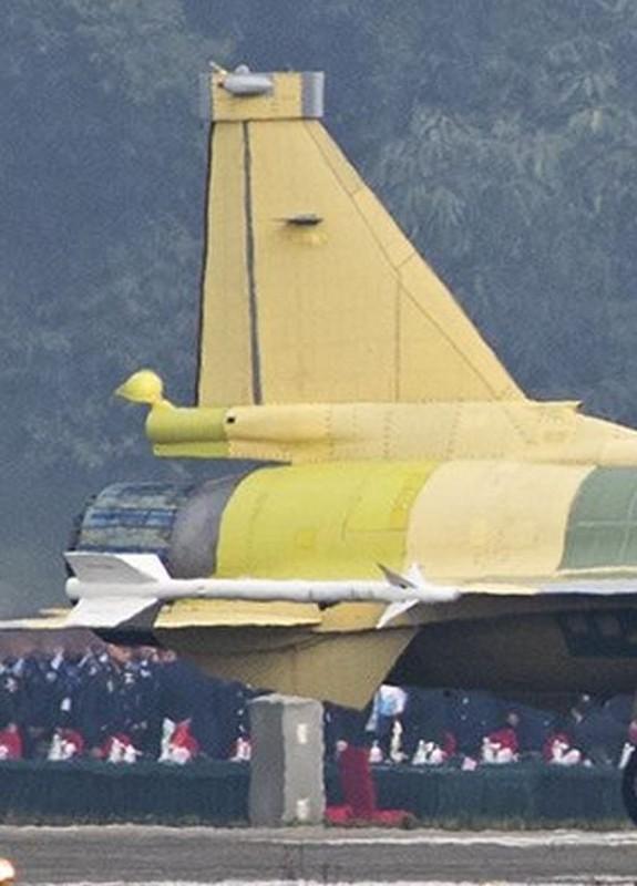Trung Quoc nang cap JF-17 len phien ban 3, co dang la moi lo cho Nhat – Han?-Hinh-4