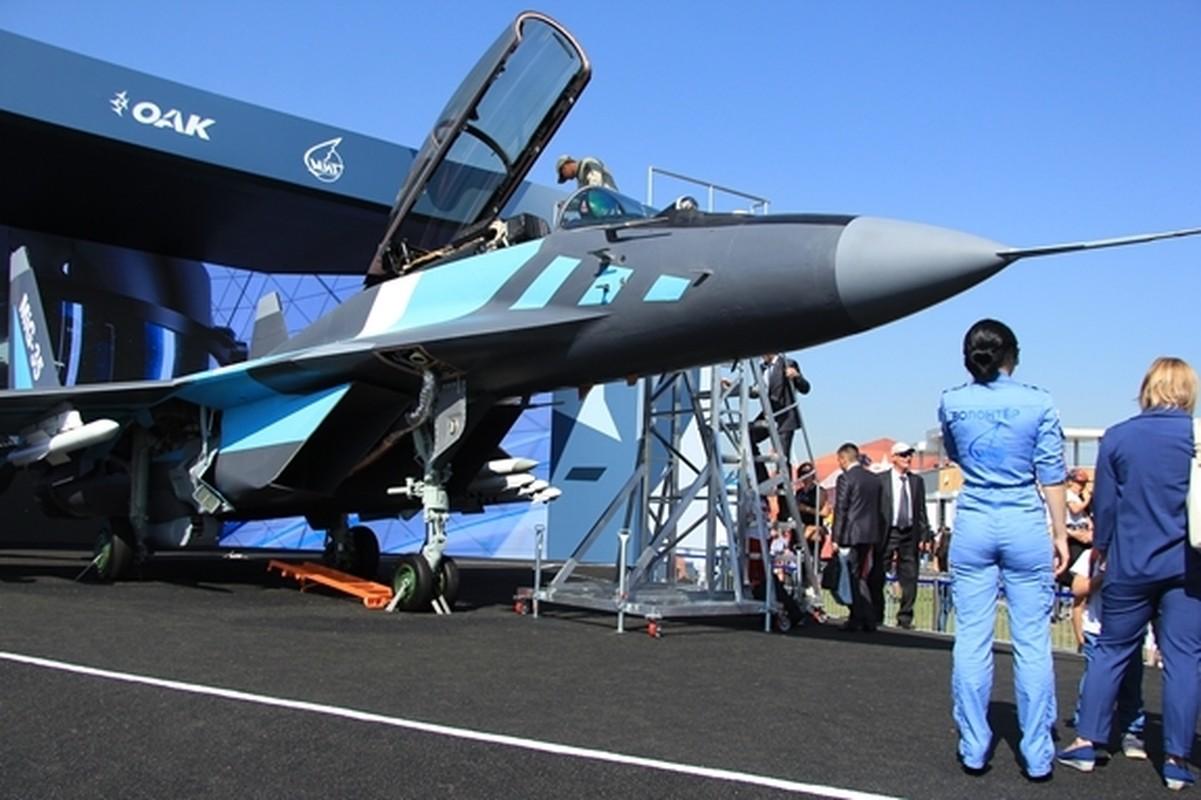 Tiem kich MiG-35 cai tien cuc sau, phi cong dieu khien nhu choi dien tu-Hinh-4