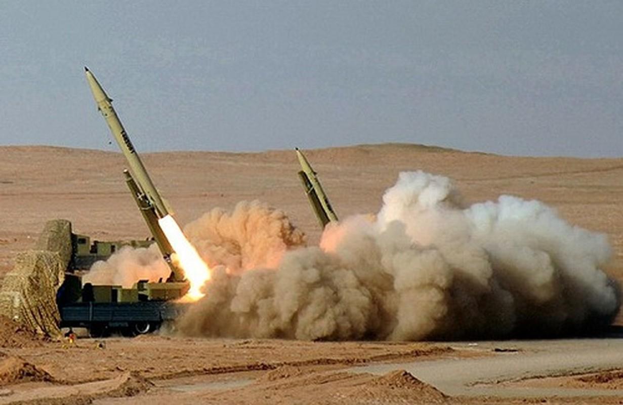 Iran tan cong can cu My: Tehran noi chet 80 nguoi, Washington khang dinh... khong ai thiet mang-Hinh-6