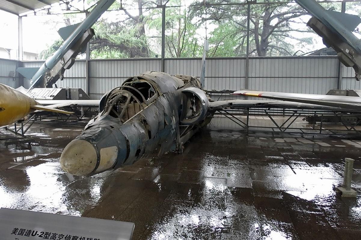 Thu pham khien may bay do tham U-2 cua My