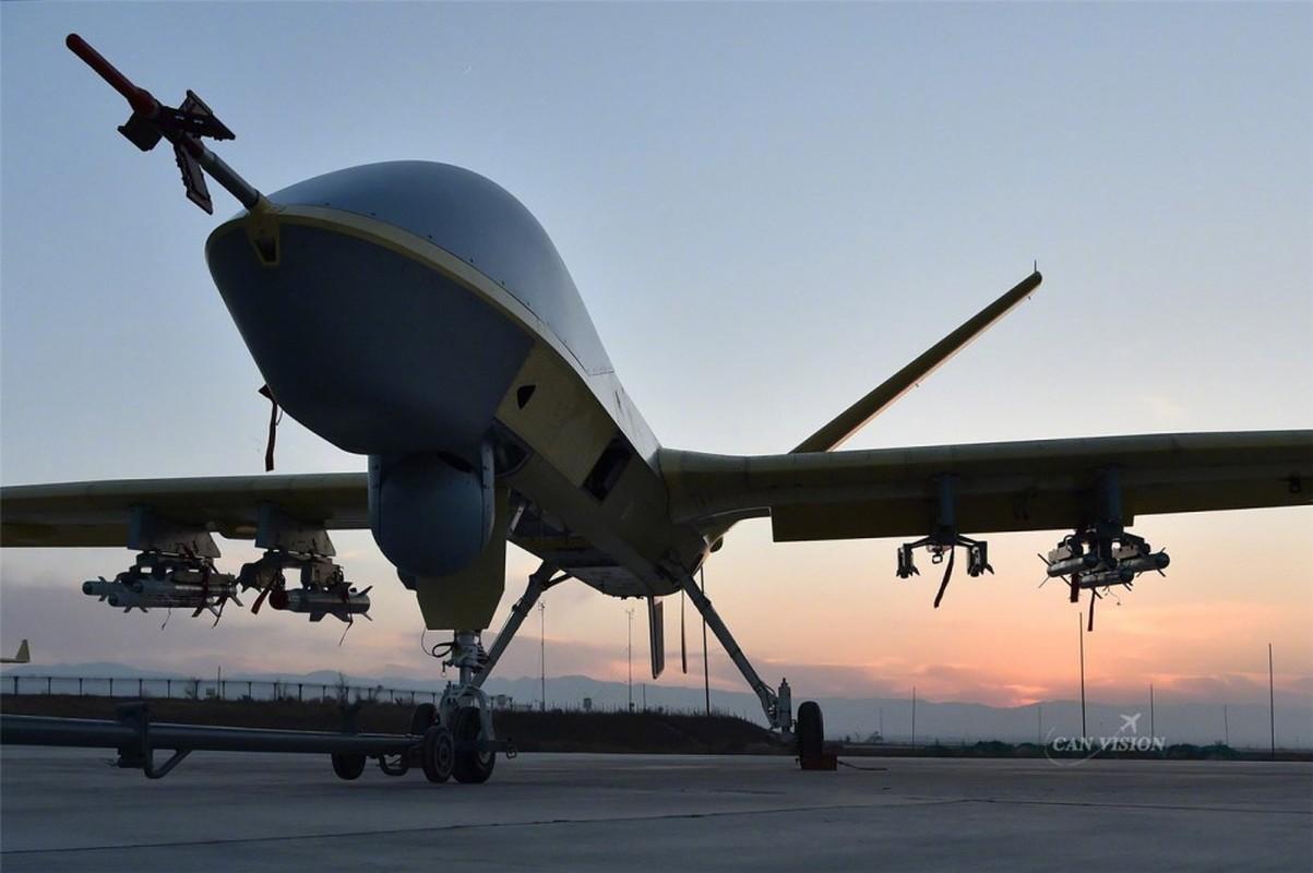Sieu UAV cua Trung Quoc co them vu khi moi, dang gom the nao?