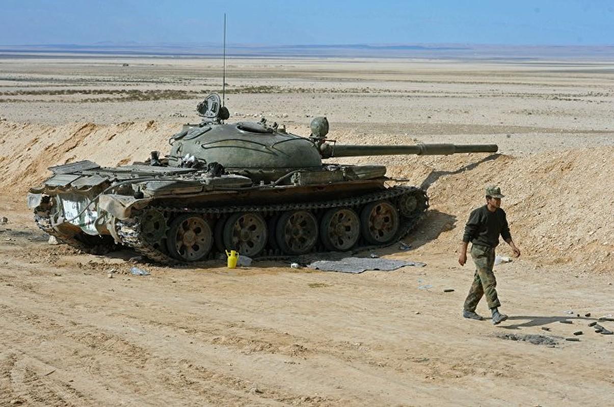 Xe tang T-62 Viet Nam van duoc cung cap them nong phao moi-Hinh-2