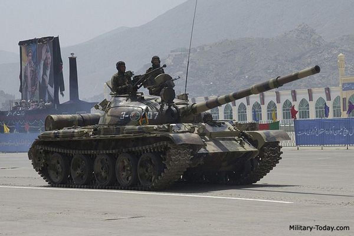 Xe tang T-62 Viet Nam van duoc cung cap them nong phao moi-Hinh-4