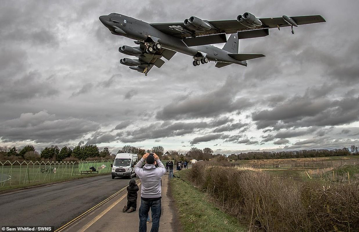 B-52 cua My bo het bom hat nhan, nhung ten lua hat nhan van… day-Hinh-2