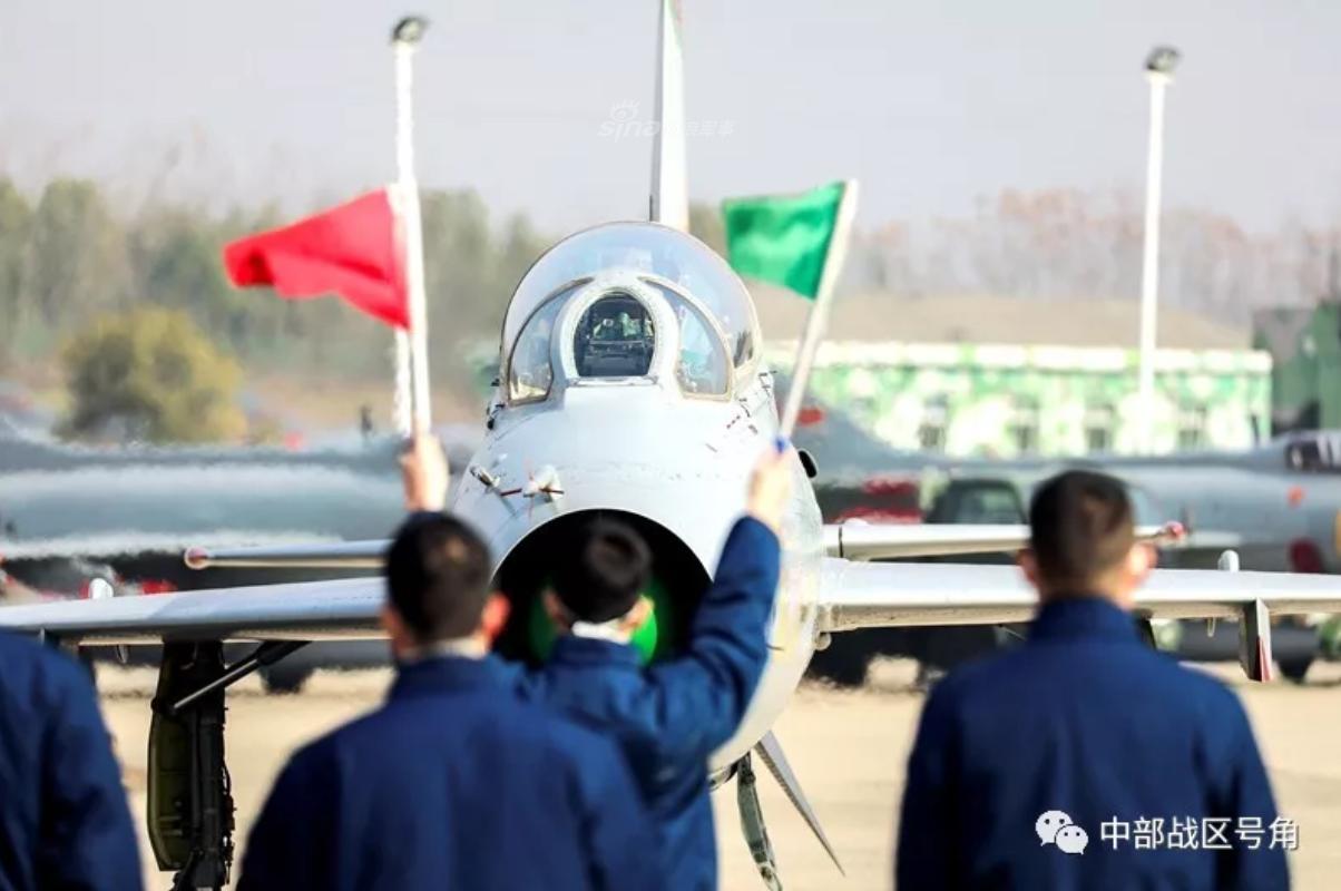 Viet Nam loai bien MiG-21 tu lau, den nay Trung Quoc van dung J-7 nhu… chu luc-Hinh-3