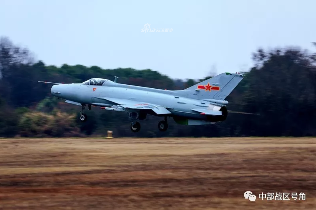 Viet Nam loai bien MiG-21 tu lau, den nay Trung Quoc van dung J-7 nhu… chu luc-Hinh-4