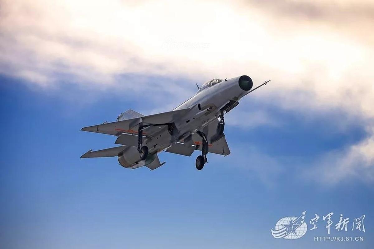 Viet Nam loai bien MiG-21 tu lau, den nay Trung Quoc van dung J-7 nhu… chu luc-Hinh-7