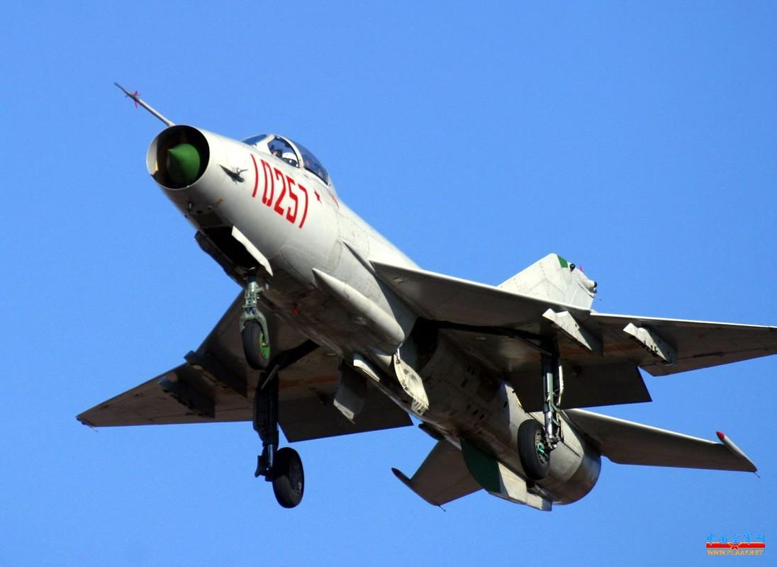 Viet Nam loai bien MiG-21 tu lau, den nay Trung Quoc van dung J-7 nhu… chu luc-Hinh-8