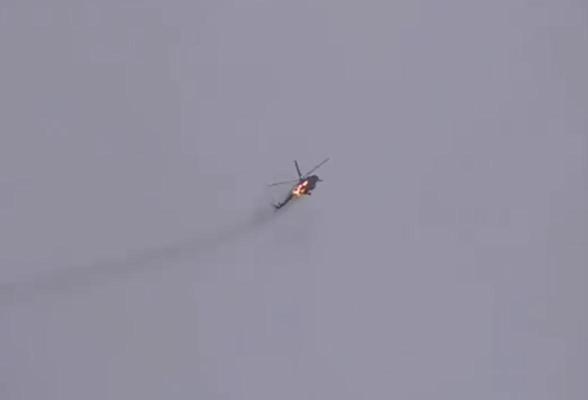 Giay phut truc thang Mi-17 Syria