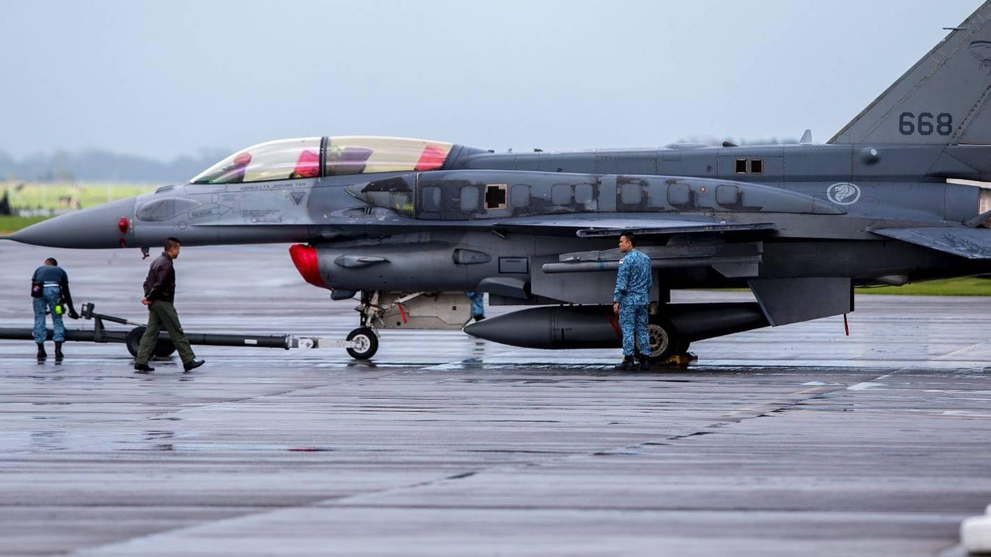 Sau Dai Loan, toi luot Singapore nang cap dan tiem kich F-16 cua minh-Hinh-6