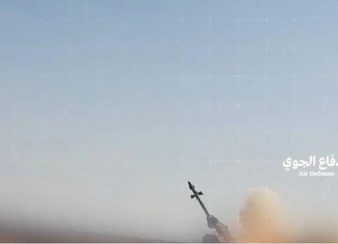 Choang: Phien quan Houthi tu che duoc ten lua phong khong cuc nguy hiem-Hinh-4
