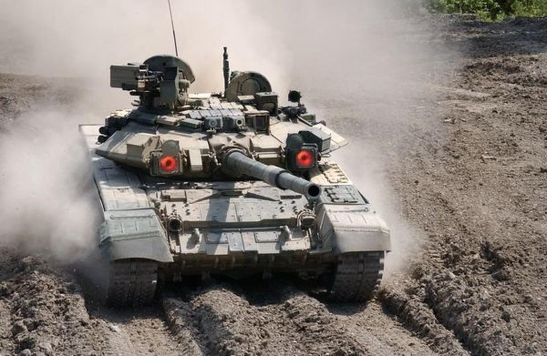 Xe tang T-90S cua Viet Nam phong duoc ten lua nao qua nong phao?-Hinh-11