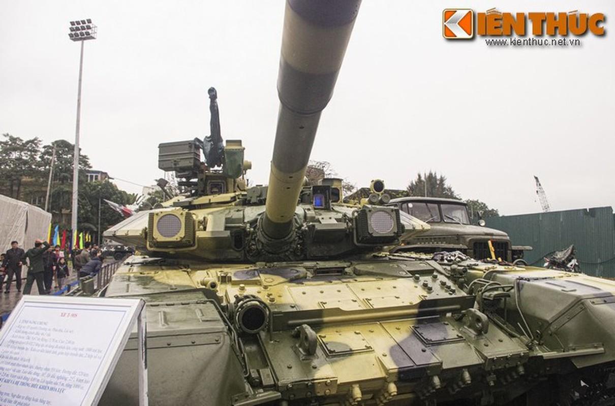 Xe tang T-90S cua Viet Nam phong duoc ten lua nao qua nong phao?