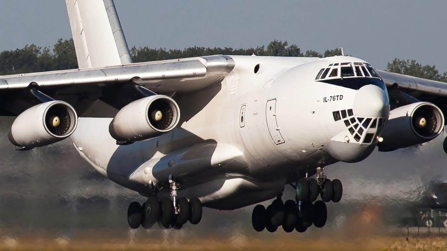 Viet Nam nen nhap bien may bay Il-76 Nga lam van tai co chien luoc?-Hinh-4
