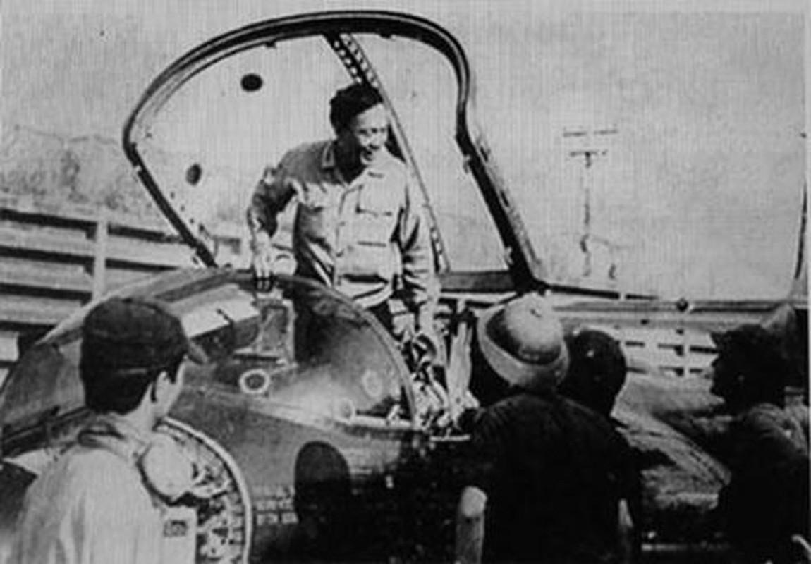 Hinh anh cuc hiem ve bien doi A-37 cua Viet Nam trong qua khu-Hinh-11