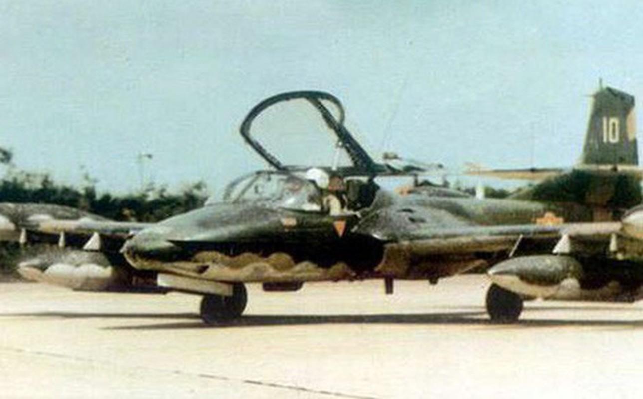 Hinh anh cuc hiem ve bien doi A-37 cua Viet Nam trong qua khu-Hinh-12