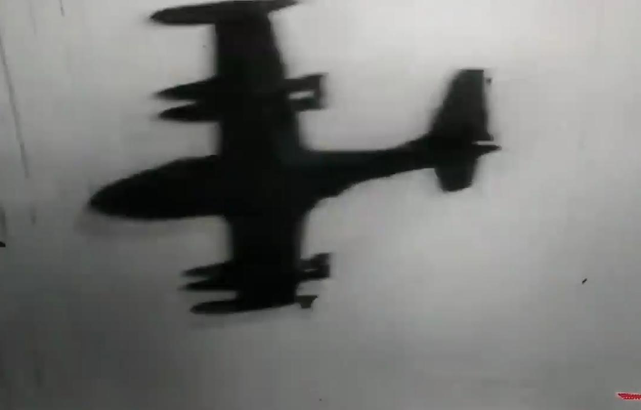 Hinh anh cuc hiem ve bien doi A-37 cua Viet Nam trong qua khu-Hinh-6