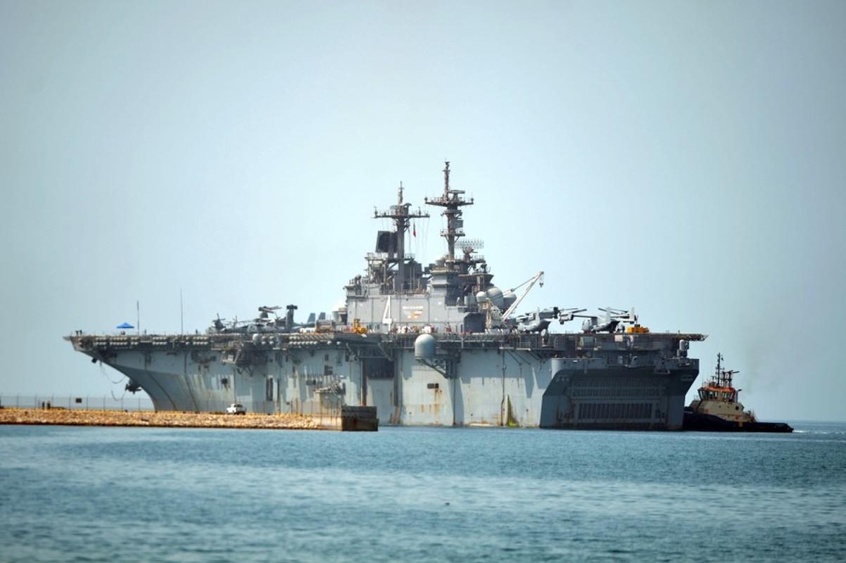 Tau do bo tan cong USS Boxer cua My co thuy thu duong tinh Covid-19-Hinh-3
