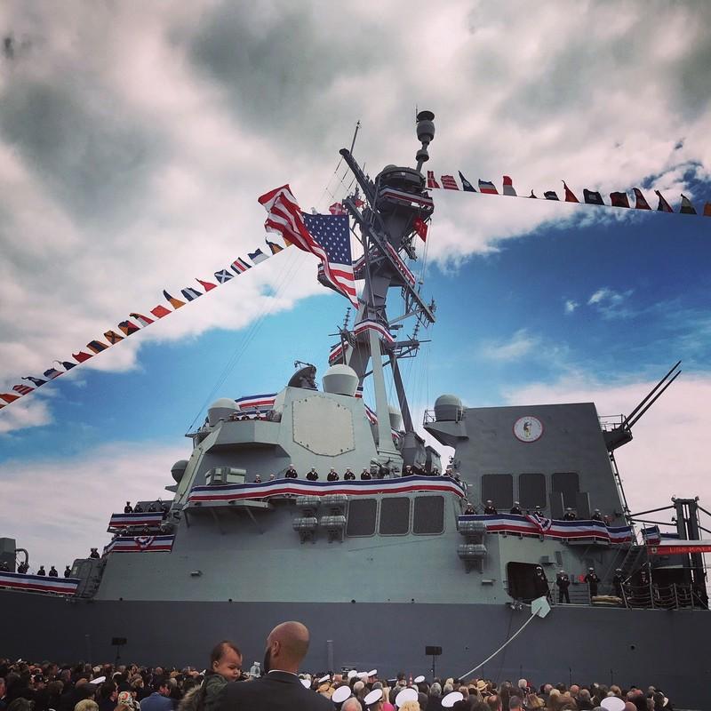 Thuy thu khu truc ham USS Ralph Johnson duong tinh Covid-19, Hai quan My gap kho-Hinh-8
