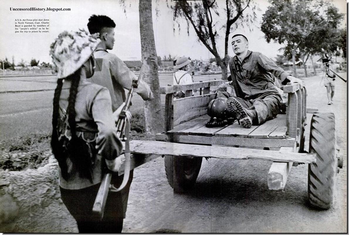 Phi cong tu binh My trong chien tranh Viet Nam duoc doi xu nhan dao toi muc nao?-Hinh-7