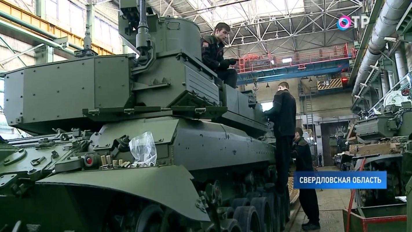 Xe tang T-90M duoc san xuat moi nguyen, Viet Nam nen dau tu mua tiep?-Hinh-2