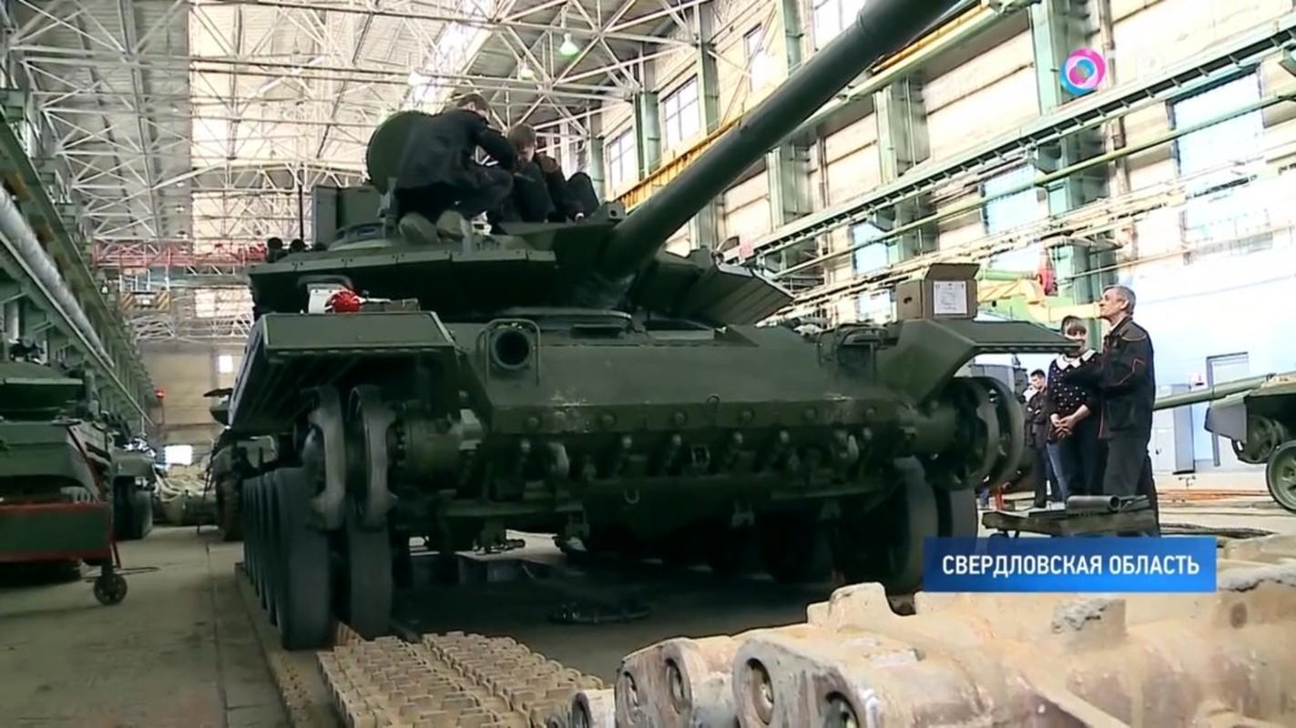 Xe tang T-90M duoc san xuat moi nguyen, Viet Nam nen dau tu mua tiep?-Hinh-3