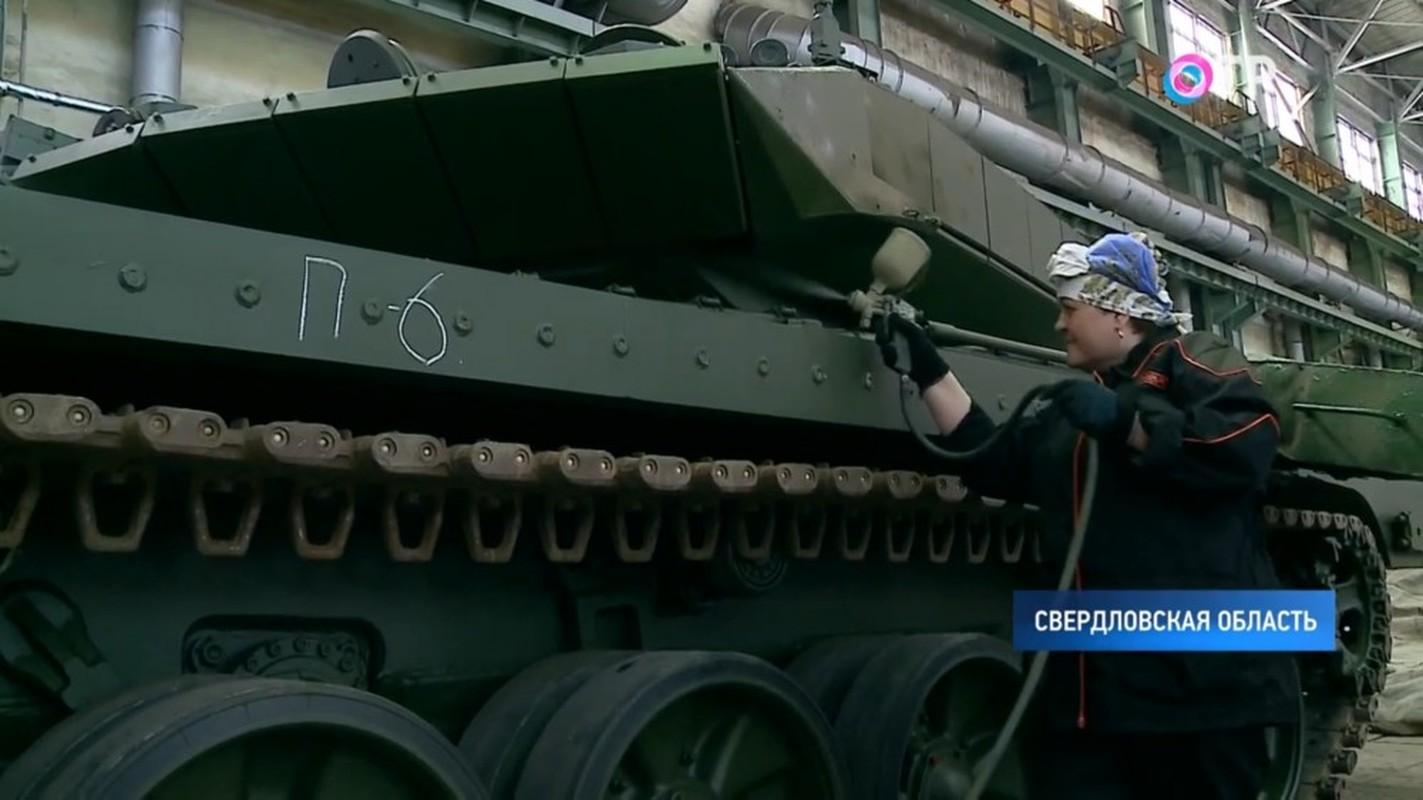 Xe tang T-90M duoc san xuat moi nguyen, Viet Nam nen dau tu mua tiep?-Hinh-4