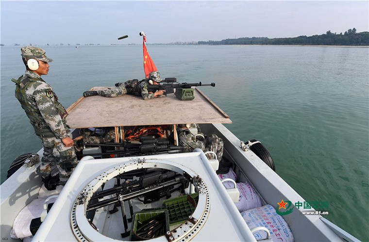 Bat ngo: Quan doi Lao su dung sieu sung ban tia cong pha cua Trung Quoc-Hinh-3