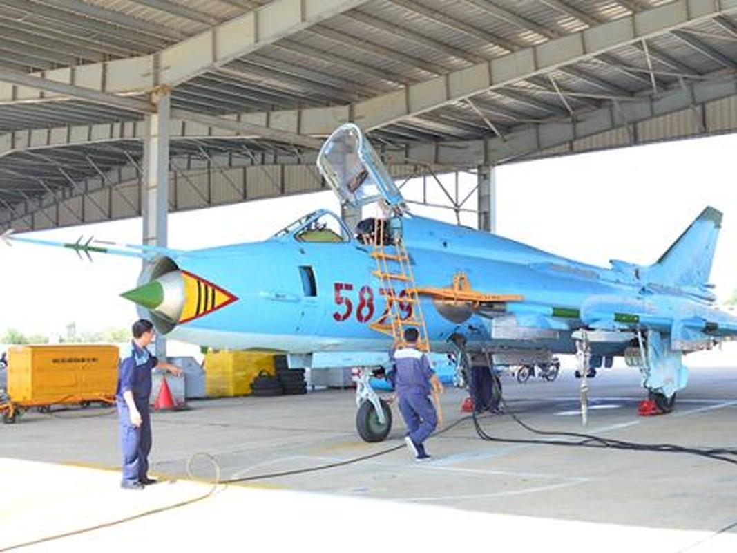 Khoang lai co dien cua Su-22 - chien dau co dong nhat cua Khong quan Viet Nam