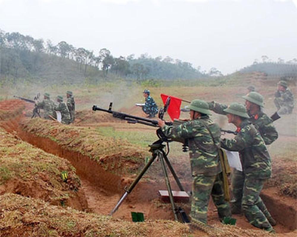Quan doi Viet Nam uy manh huan luyen vuot song, hiep dong tac chien-Hinh-6