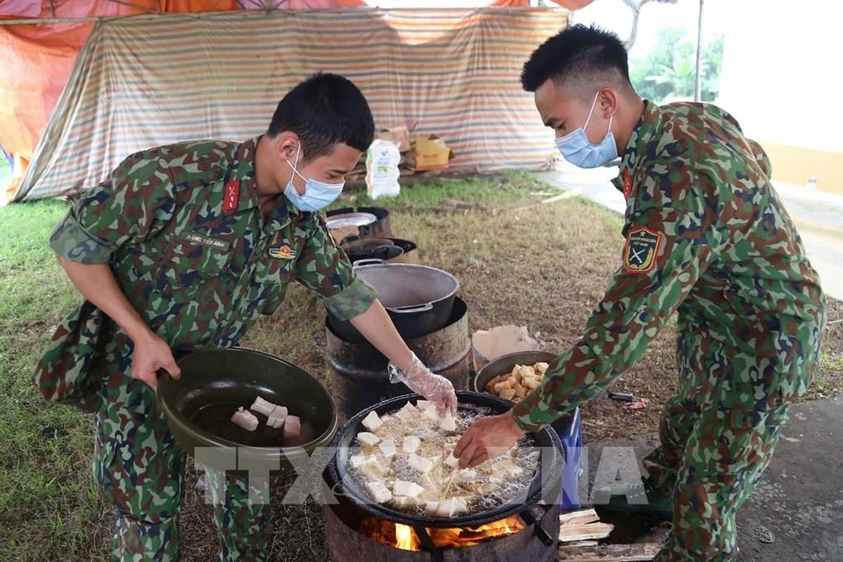 Quan phuc da chien K17 cua Viet Nam: Hieu qua nguy trang den khong ngo!-Hinh-10