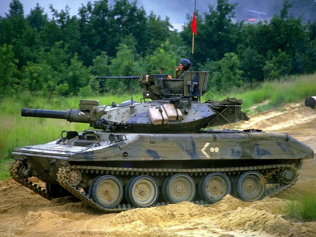 Tiec nuoi chiec xe tang nhay du doc nhat vo nhi cua My tu chien tranh Viet Nam-Hinh-9