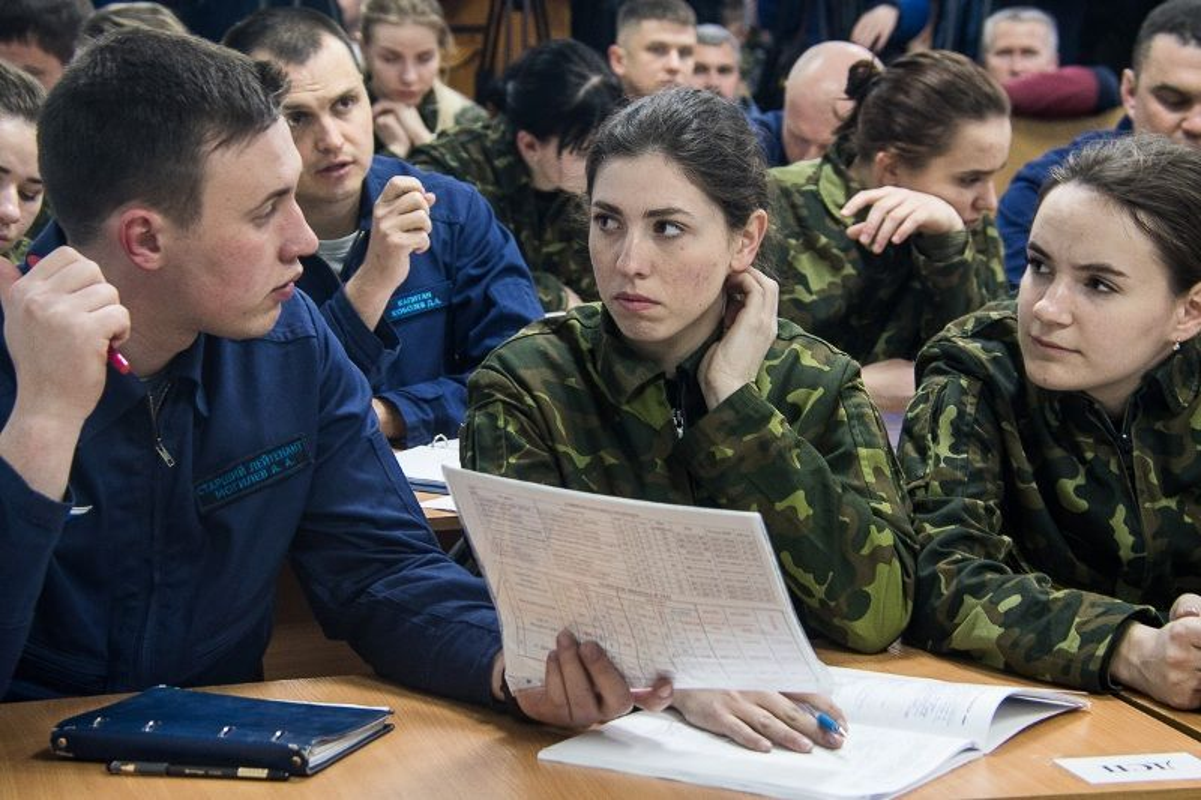 Muc kich dao tao nu phi cong o Hoc vien Krasnodar lung danh cua Nga-Hinh-10