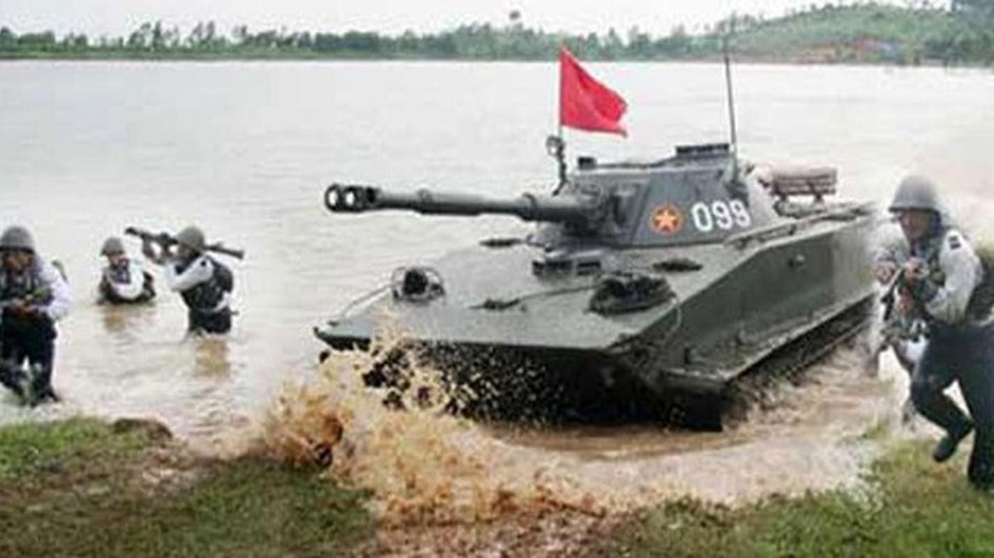 Ky tich hanh quan tren bien doc nhat vo nhi chi Viet Nam lam duoc-Hinh-12