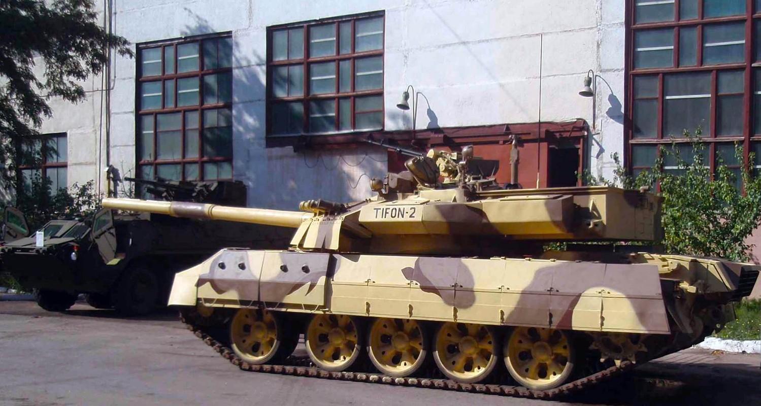 Tai sao Viet Nam khong nen nang cap xe tang T-55 len phien ban T-55M8A2 Tifon?-Hinh-3