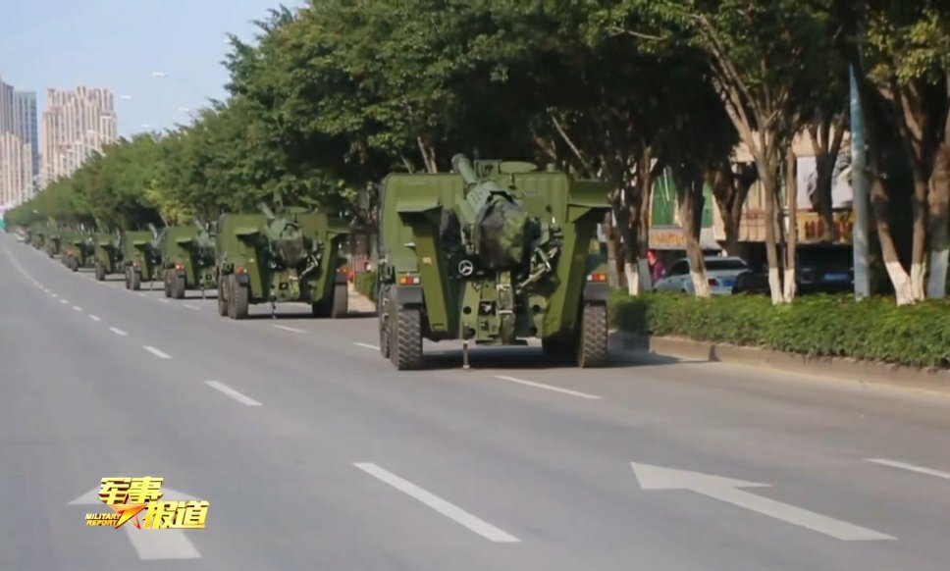 Phao tu hanh PLC-181 155mm cua Trung Quoc lan dau lo