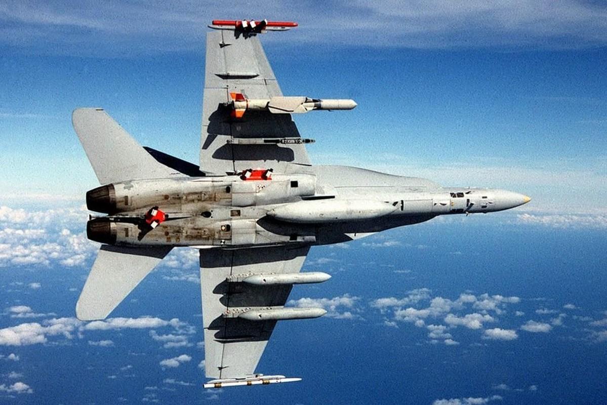Dai gia Trung Dong chi 2,6 ty USD mua hon 1000 ten lua Boeing-Hinh-2