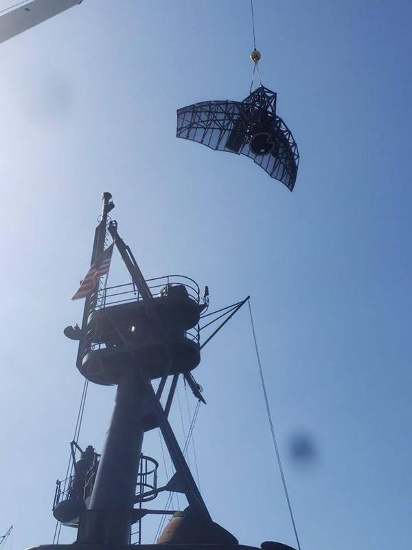 Tau tuan duyen USCGC John Midgett thao radar, vu khi... san sang ve Viet Nam-Hinh-3