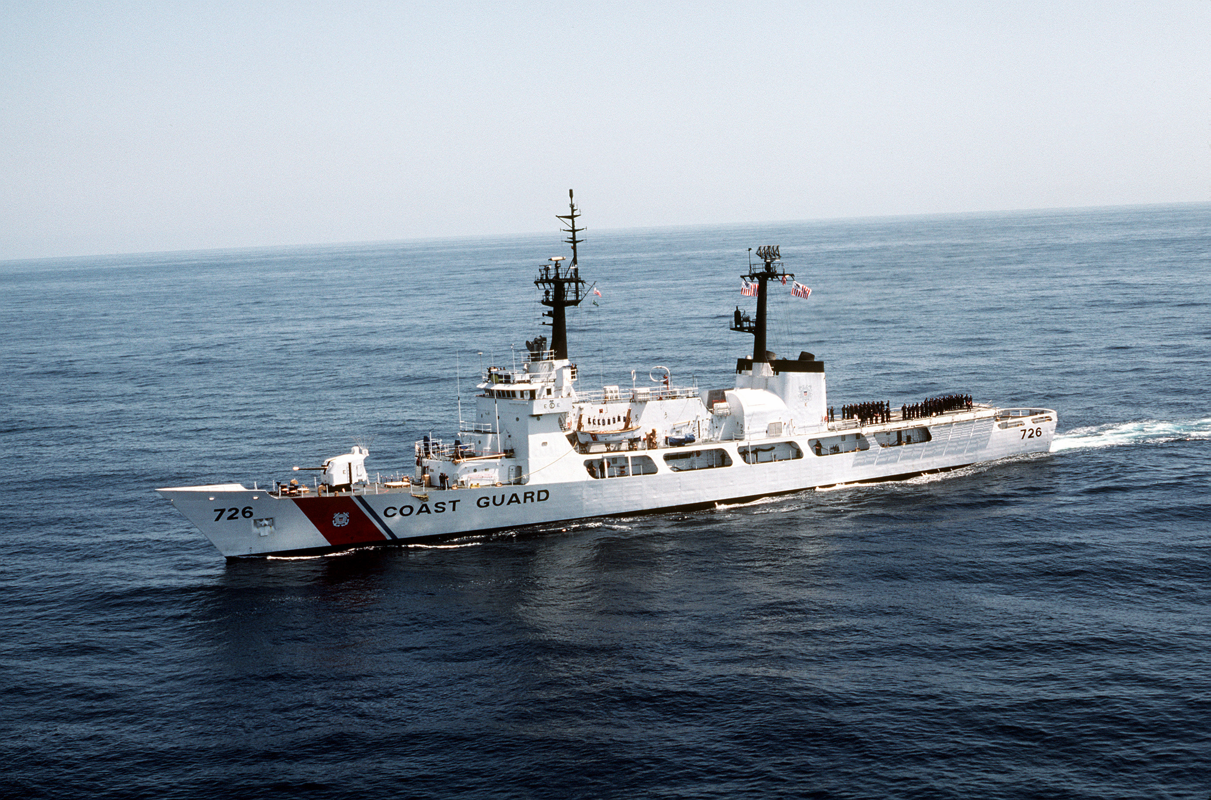 Tau tuan duyen USCGC John Midgett thao radar, vu khi... san sang ve Viet Nam-Hinh-6