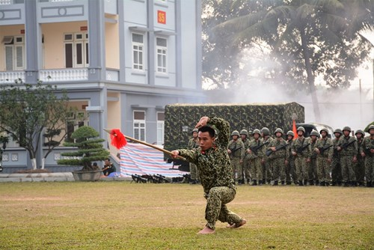 Suc manh vo thuat tuyet voi cua dac cong Viet Nam-Hinh-4