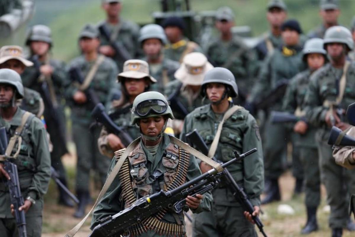 Venezuela pho dien suc manh quan su sau de doa cua My-Hinh-7