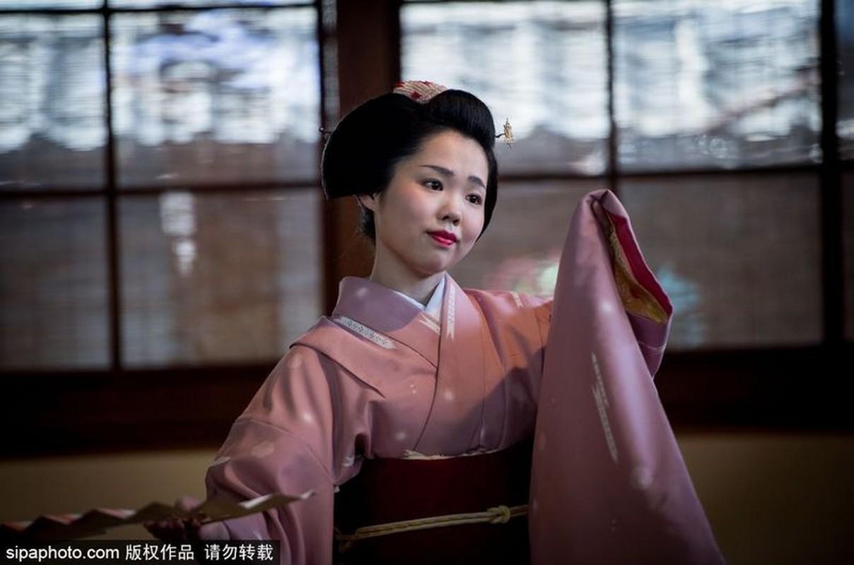 Ven man bi an hanh trinh kho luyen thanh Geisha-Hinh-5