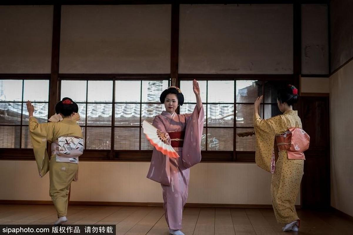 Ven man bi an hanh trinh kho luyen thanh Geisha-Hinh-8