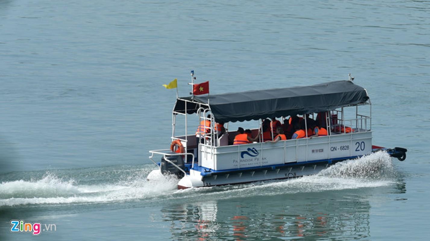 'Nu tuong' Facebook cung 2 con di du thuyen tham Vinh Ha Long-Hinh-10