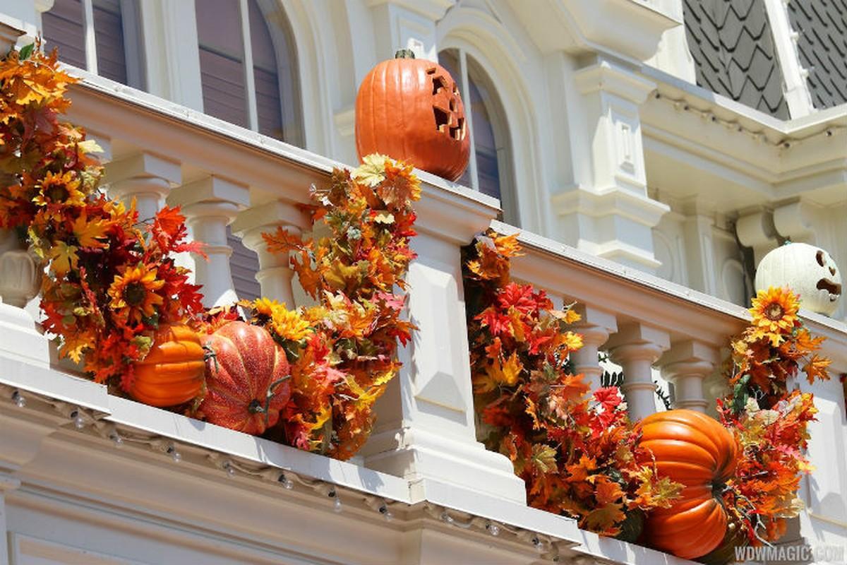 Trang tri nha bang bi ngo doc dao mua Halloween-Hinh-10