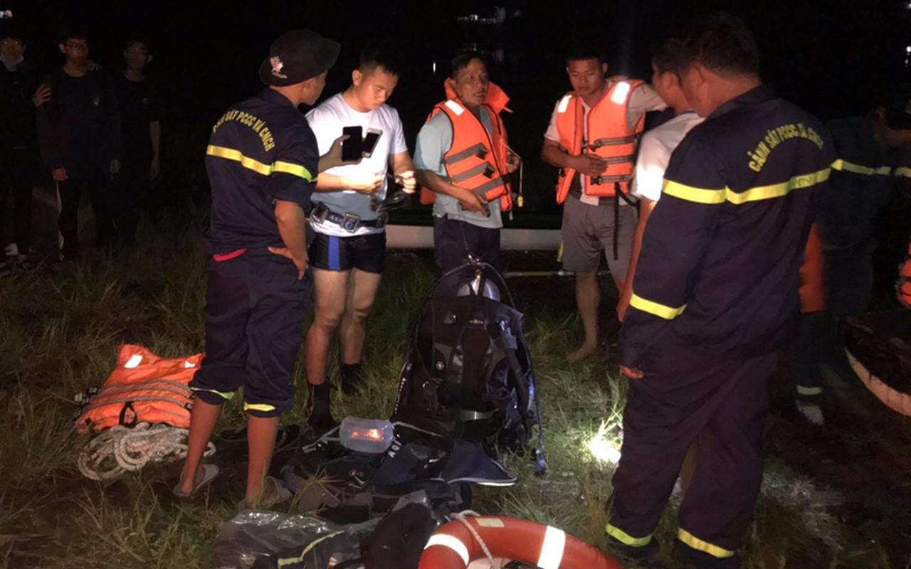 Tin nong ngay 26/7: BCA chi dao khan vu xe du lich lao vuc Quang Binh-Hinh-5