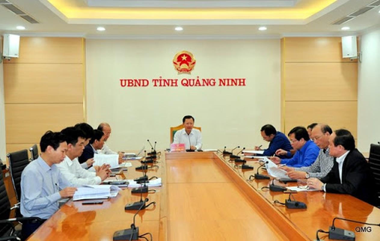 Tin nong ngay 26/7: BCA chi dao khan vu xe du lich lao vuc Quang Binh-Hinh-6
