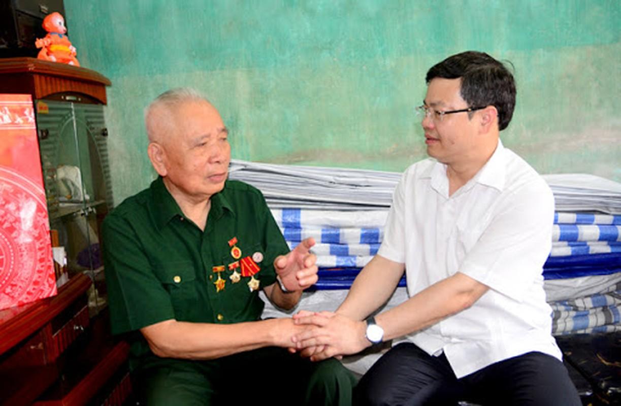 Chan dung tan Chu tich tinh Tuyen Quang Nguyen Van Son-Hinh-6