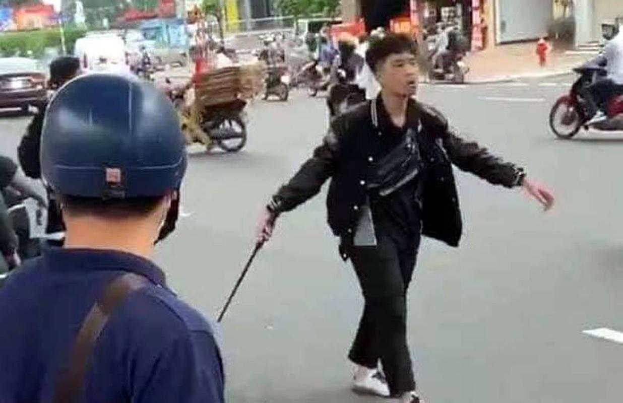 Tin nong ngay 26/9: Roi xuong ho nuoc, 3 chau be chet duoi-Hinh-2