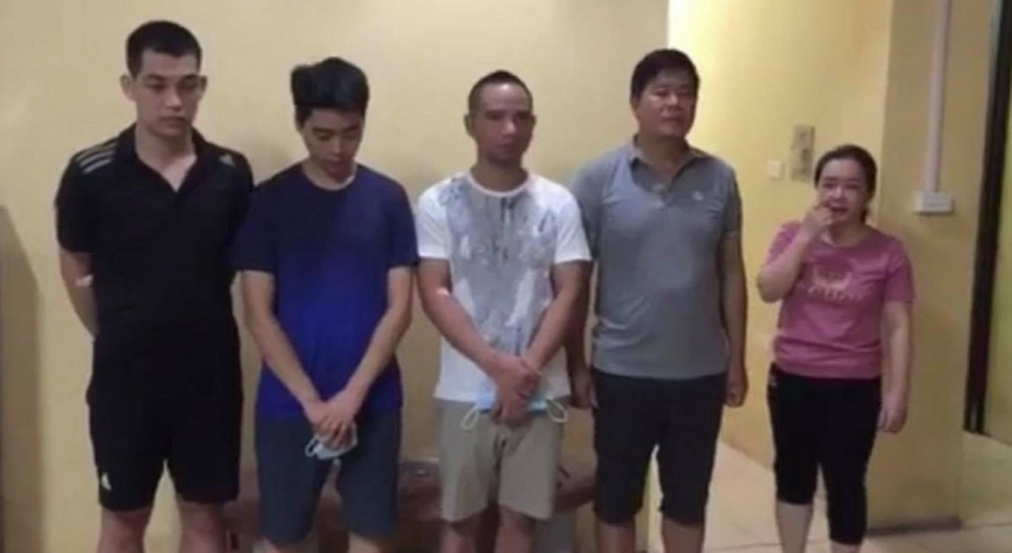 Tin nong ngay 26/9: Roi xuong ho nuoc, 3 chau be chet duoi-Hinh-7
